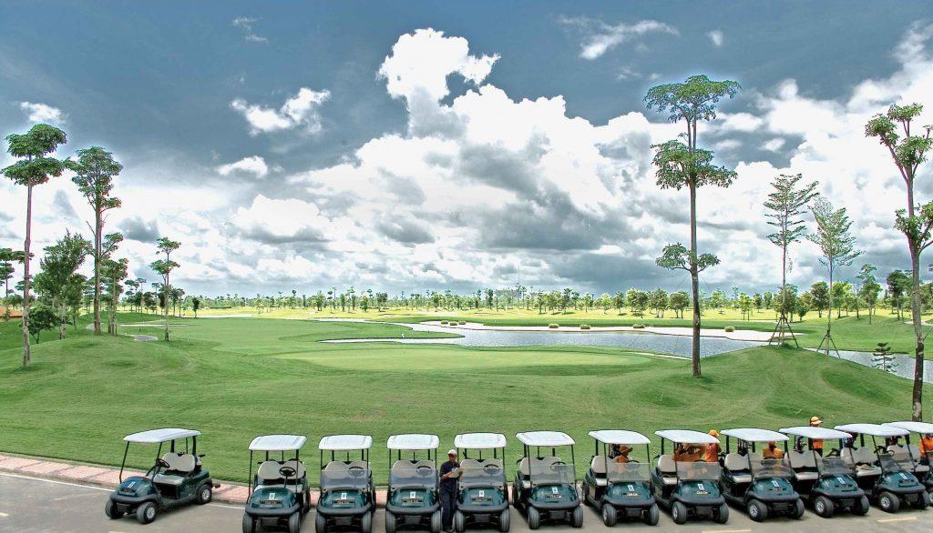タイのゴルフ場カスカータのカート