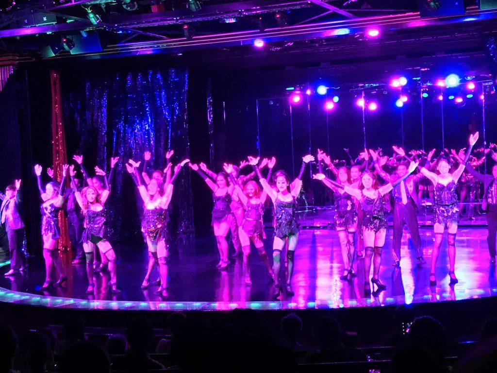 タイ、バンコクのリバーサイドにあるナイトバザール「アジアティーク」内にあるキャバレーショー「カリプソ(Calypso)」