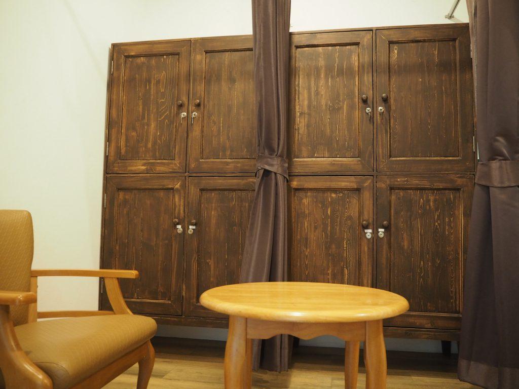 バンコクの米ぬか酵素風呂「サラブラン」の更衣室