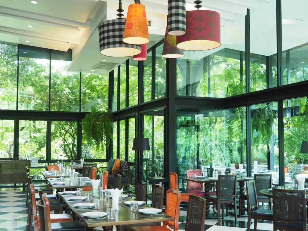 バンコクの一軒家タイ料理レストラン「タリンプリン スクンビット34店」の内観①
