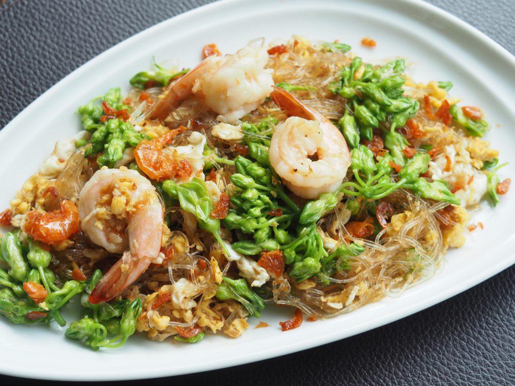 バンコクの一軒家タイ料理レストラン「タリンプリン」の「ドックカジョンパッカイ」