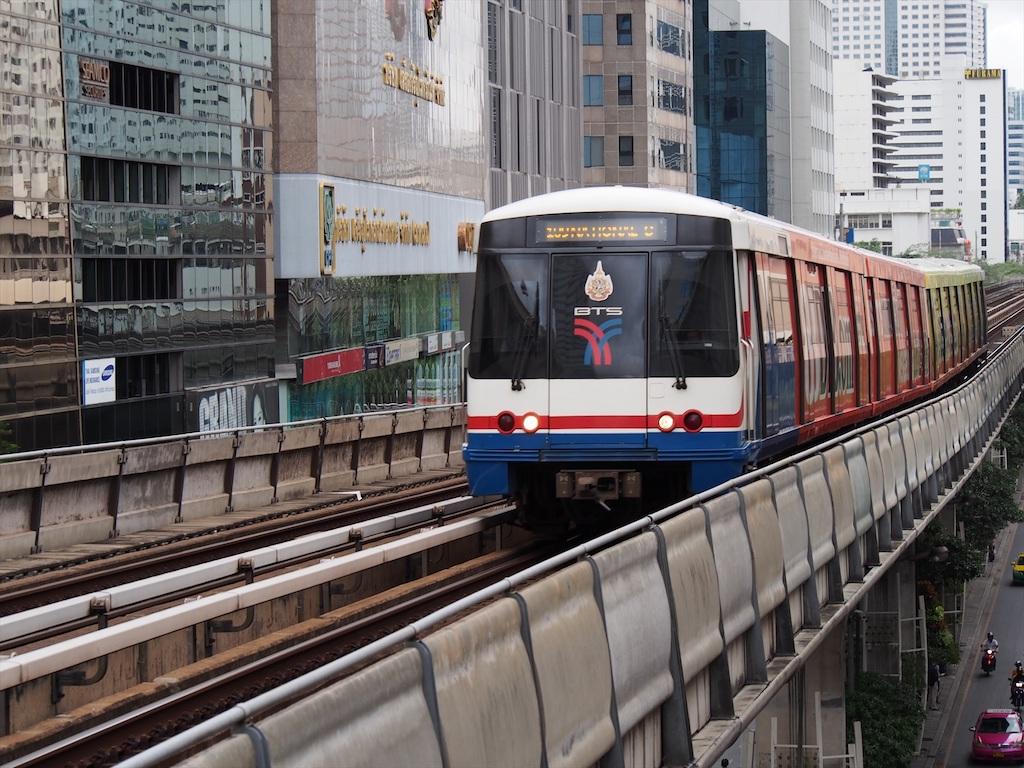バンコクの高架鉄道を観光に利用しよう