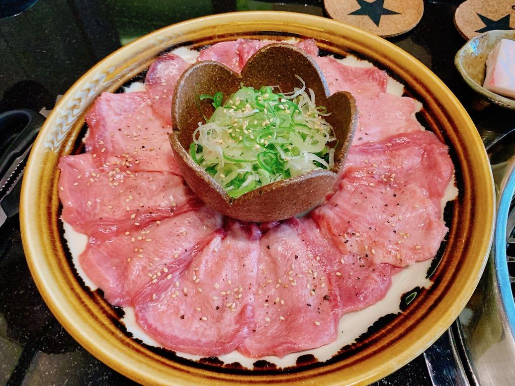 今、バンコクで人気の日本式焼肉「銀竜焼肉研究所(Ginryu Yakiniku Kenkyujo)」