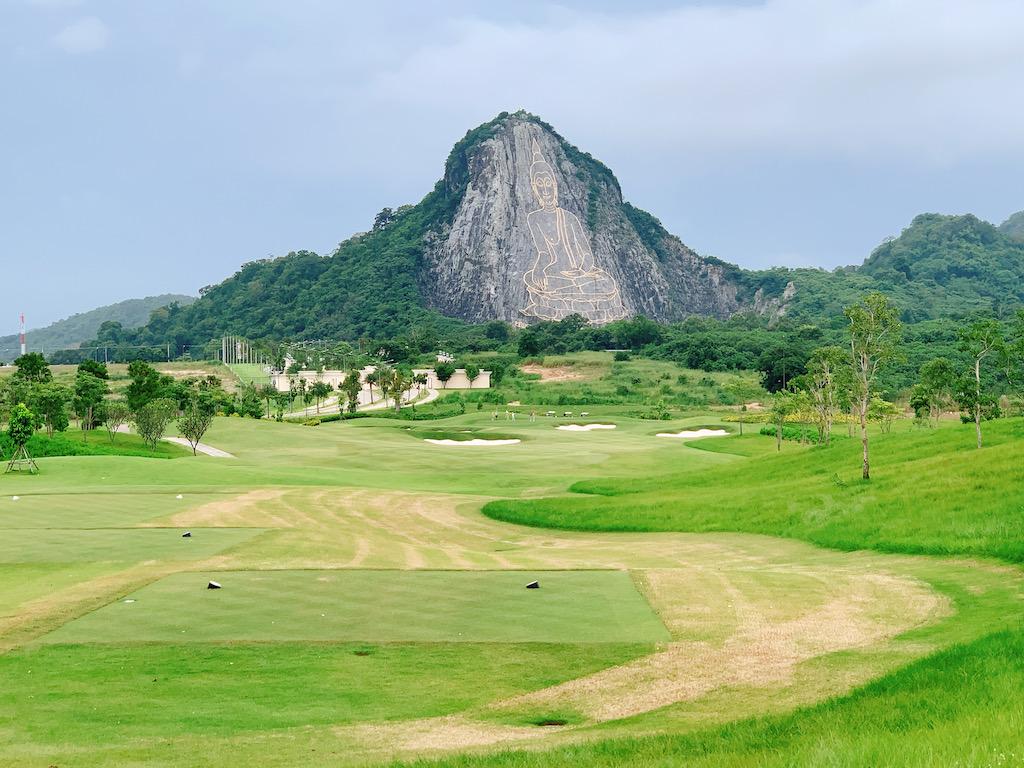 パタヤの新しいゴルフ場「シーチャンゴルフリゾート(Chee Chan Golf Resort)」