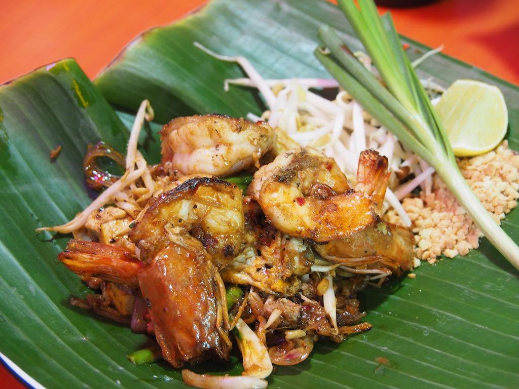 タイのミシュランシェフが手がける 絶品パッタイ食堂「パッタイ・ファイタル」