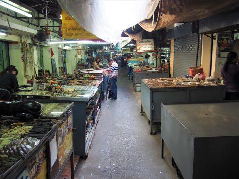 タープラチャン市場 閉店