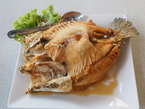 ソンブーン 魚フライ