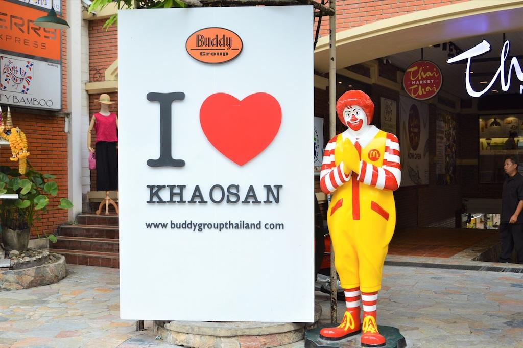 バンコクの旧市街にある旅人の聖地「カオサン通り」も今は人気観光スポットに!