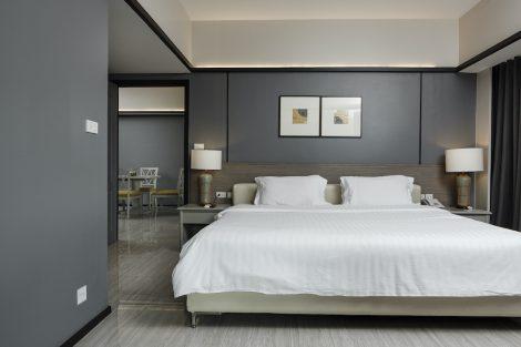 ホテル室内ベッドルーム②