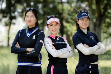 3選手集合写真 ゴルフ場