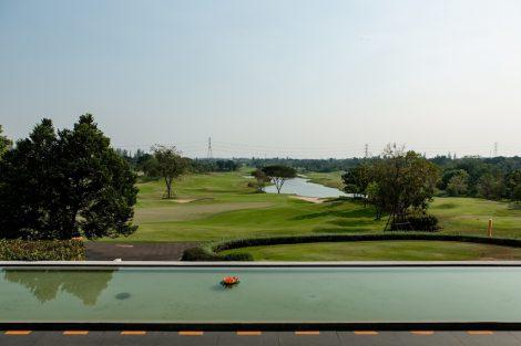 Tinidee Hotelから眺めるゴルフ場①