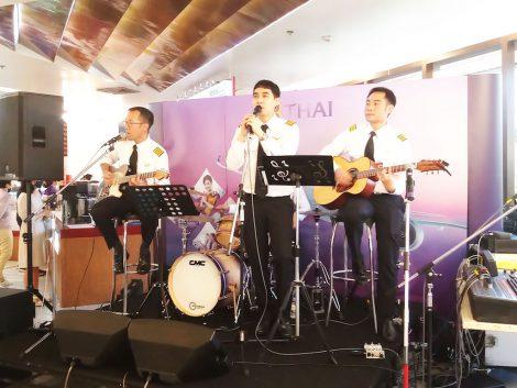 タイ航空カフェ 生バンド