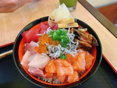 田中水産 海鮮丼