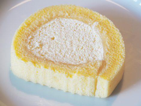 セブンイレブン ロールケーキ