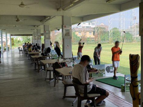 Golf one O one Driving Range 1階打席