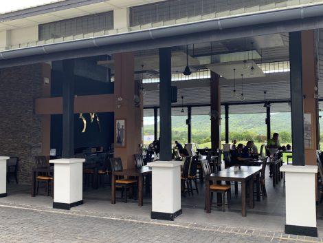 ブラックマウンテンゴルフ レストラン